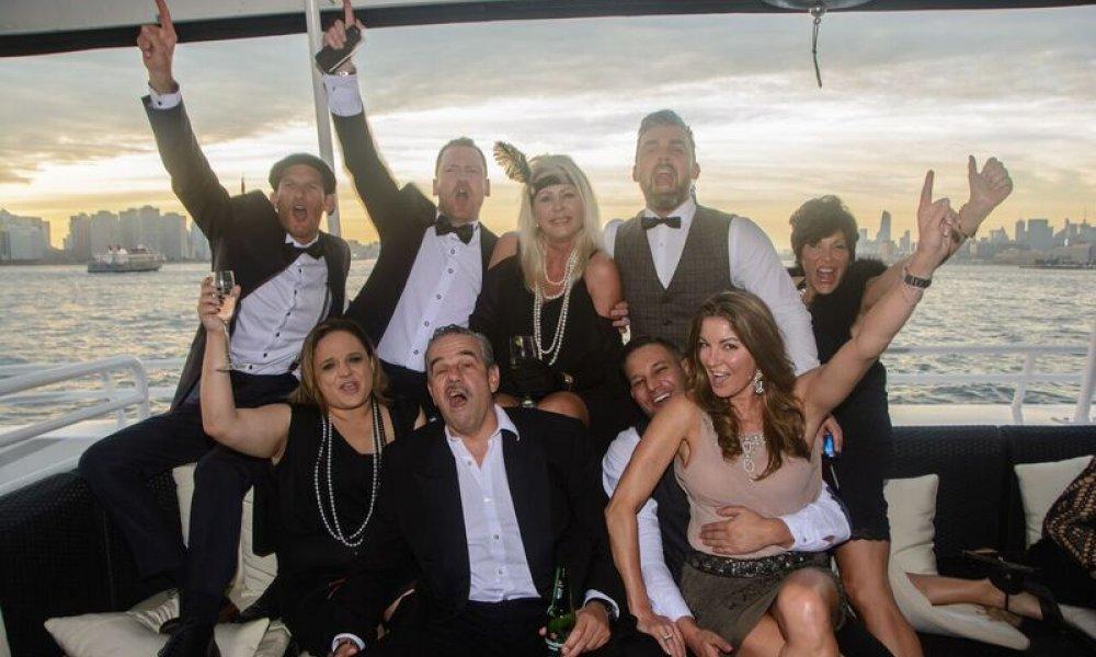 Spirit Cruises, Cruise, NYC, New York City, New York, DMC, Destination Management, Event, Event Planning, Champagne